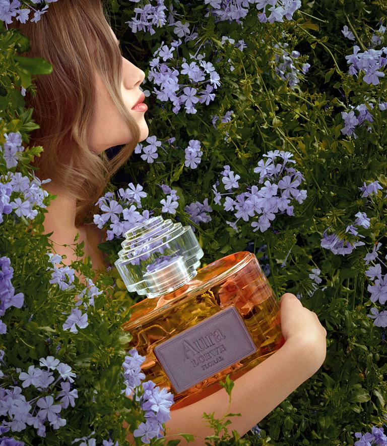 женский аромат Aura Loewe Floral