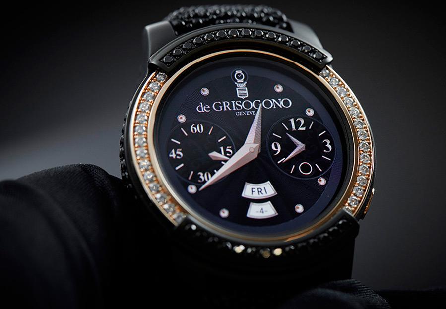 умные часы в золотом корпусе с бриллиантами