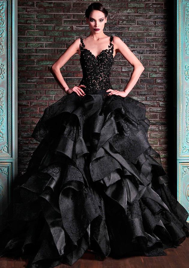 Красивое свадебное платье черного цвета