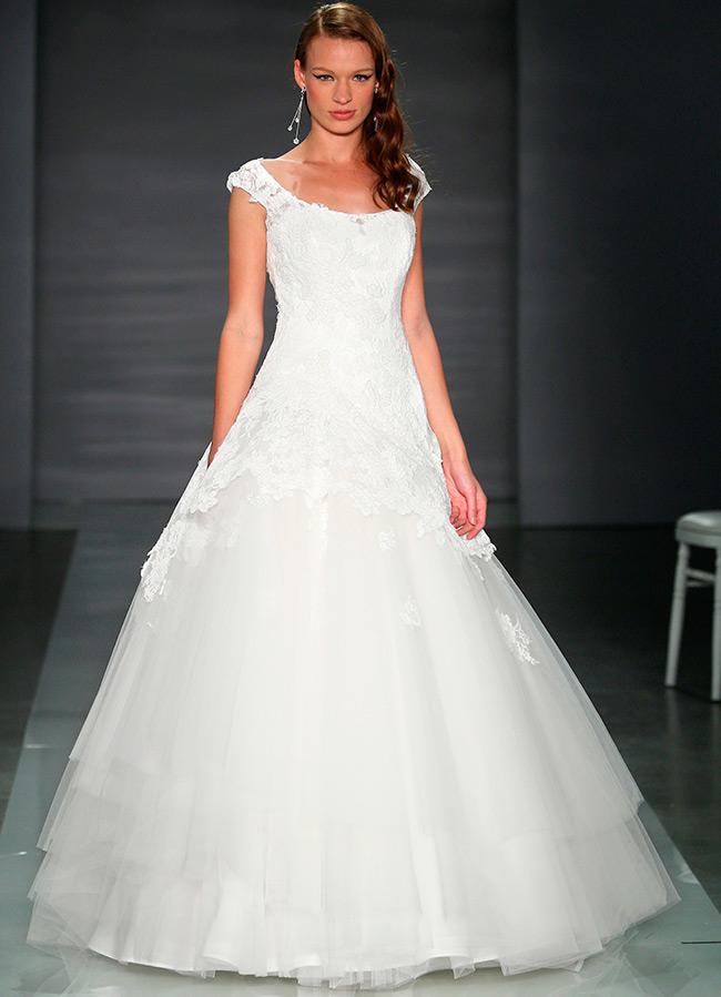 Пышные свадебные платья и платья принцесса