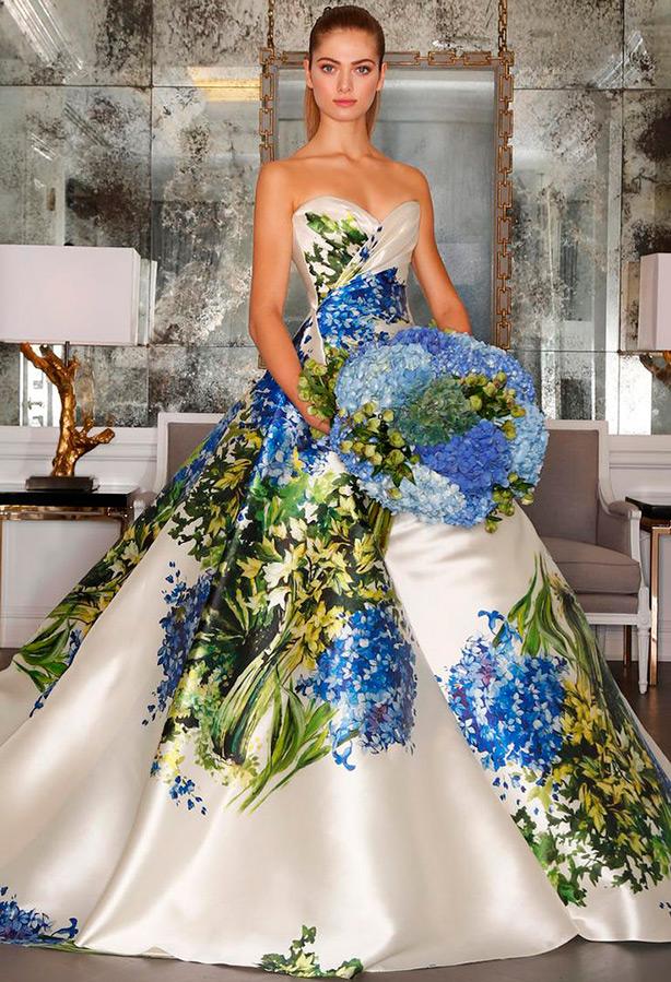 Свадебный наряд с сиренью
