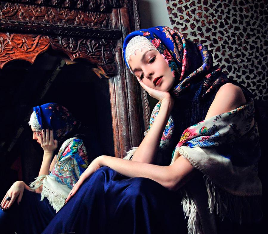 Как завязать и носить павлопосадский платок