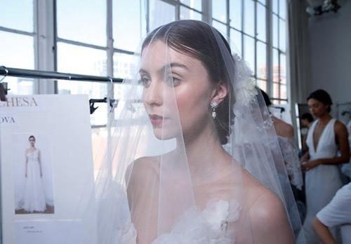 16 свадебных платьев Marchesa из новой коллекции