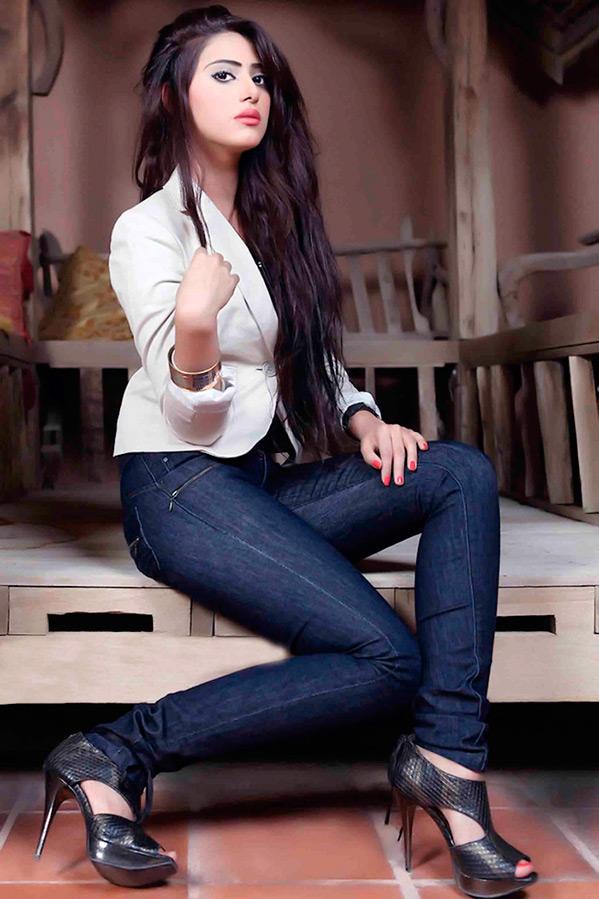 Шейла Сабт – лучшие фото восточной красавицы