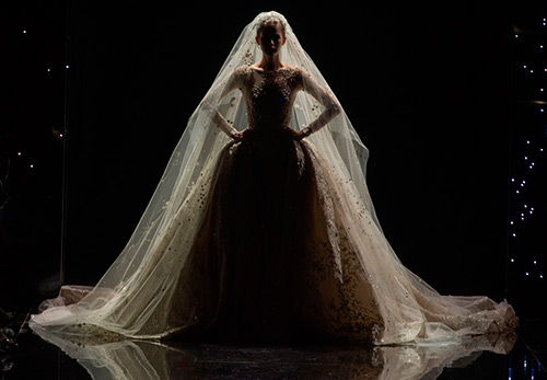 Как купить дорогое свадебное платье недорого