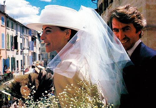 15 прекрасных нарядов, которые заменят вам свадебное платье