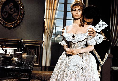 Анжелика – модный вырез горловины на платьях и блузках