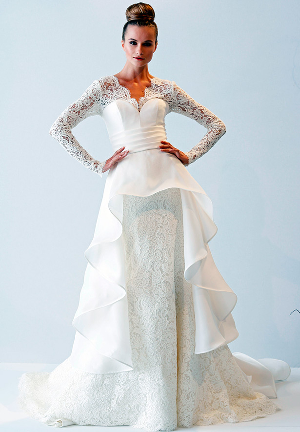 af4a563e16e Кружевные свадебные платья – короткие и со шлейфом