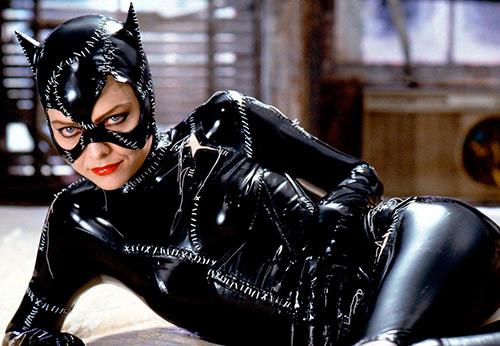 Костюм женщины-кошки – история и фото лучших образов