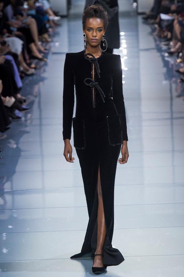 Черное платье Армани