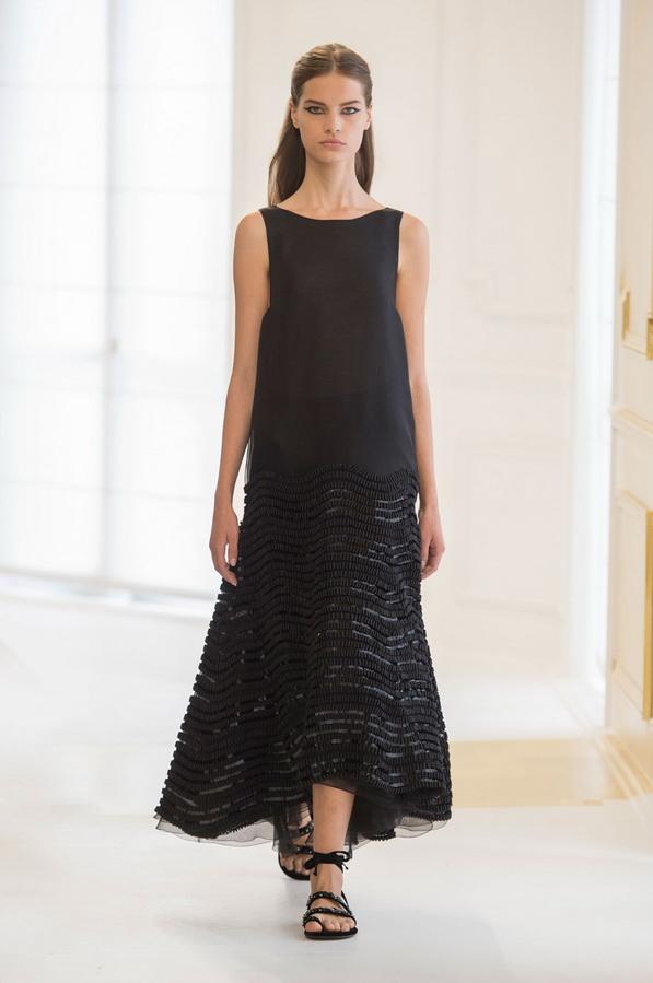 Черное платье Диор