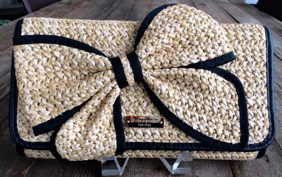 Летний плетеный клатч