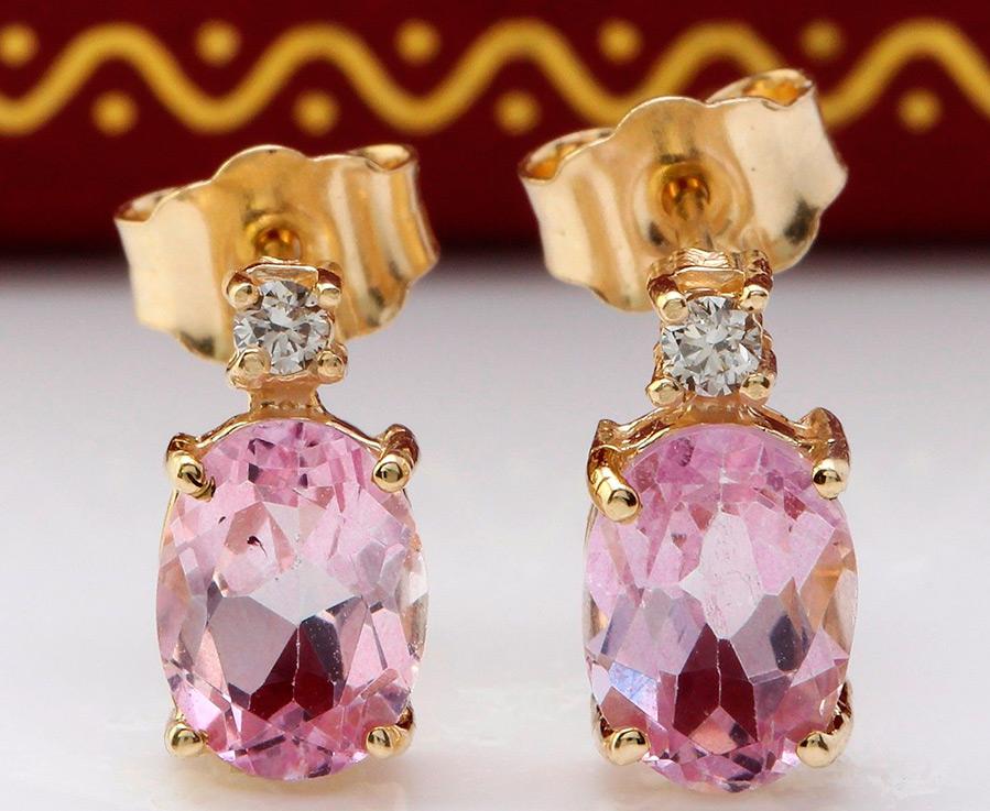 Камень кунцит, похожий на сиреневые аметисты– свойства и украшения