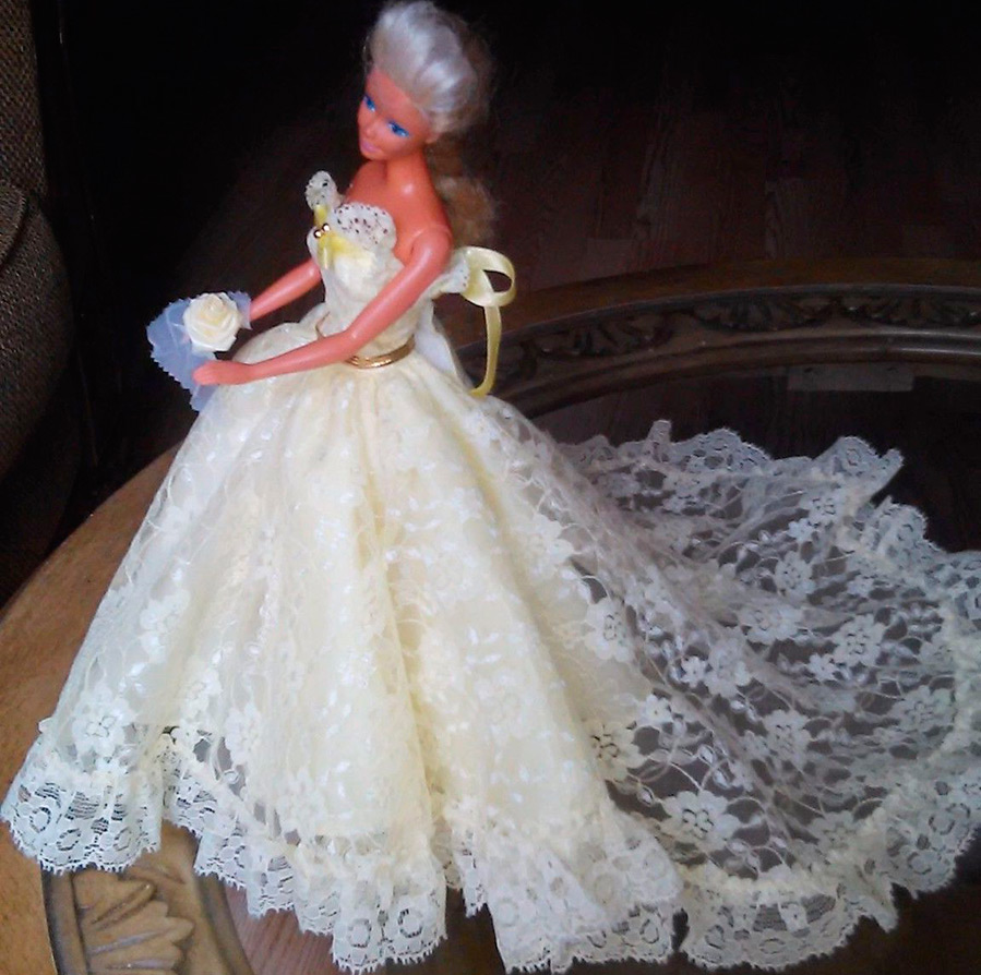 Кукла платья свадебные