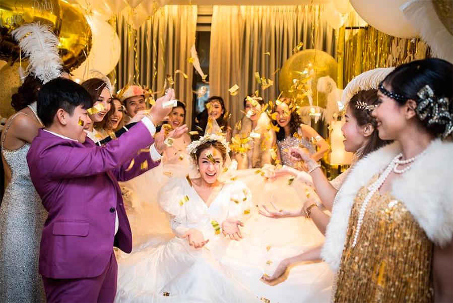 6 свадебных платьев для одной невесты