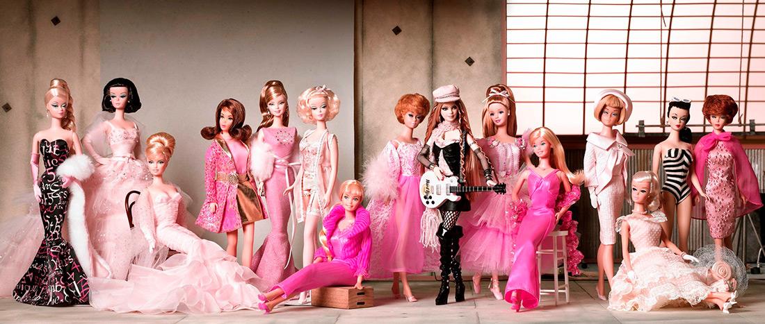 Как кукла Барби влияет на модные тенденции и девочек title=