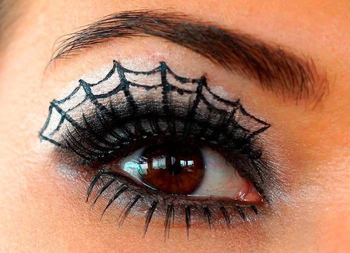Макияж на Хэллоуин с паутиной