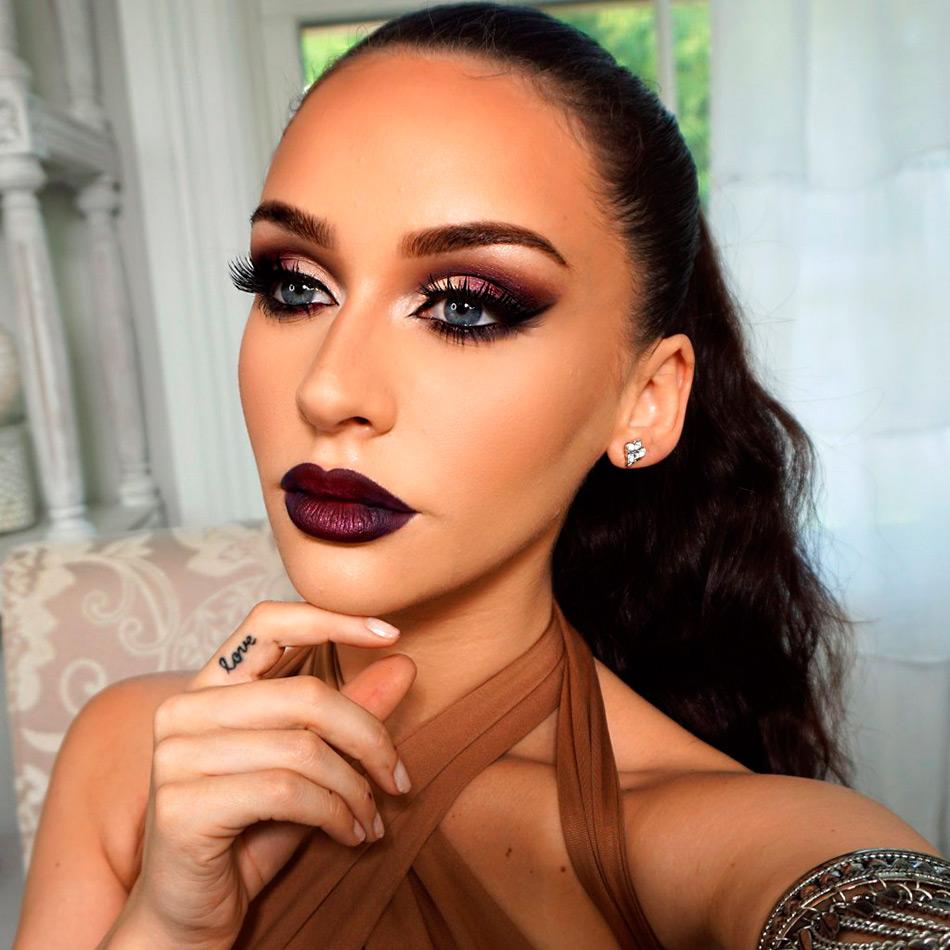 Макияж Beauty блогера Carli Bybel