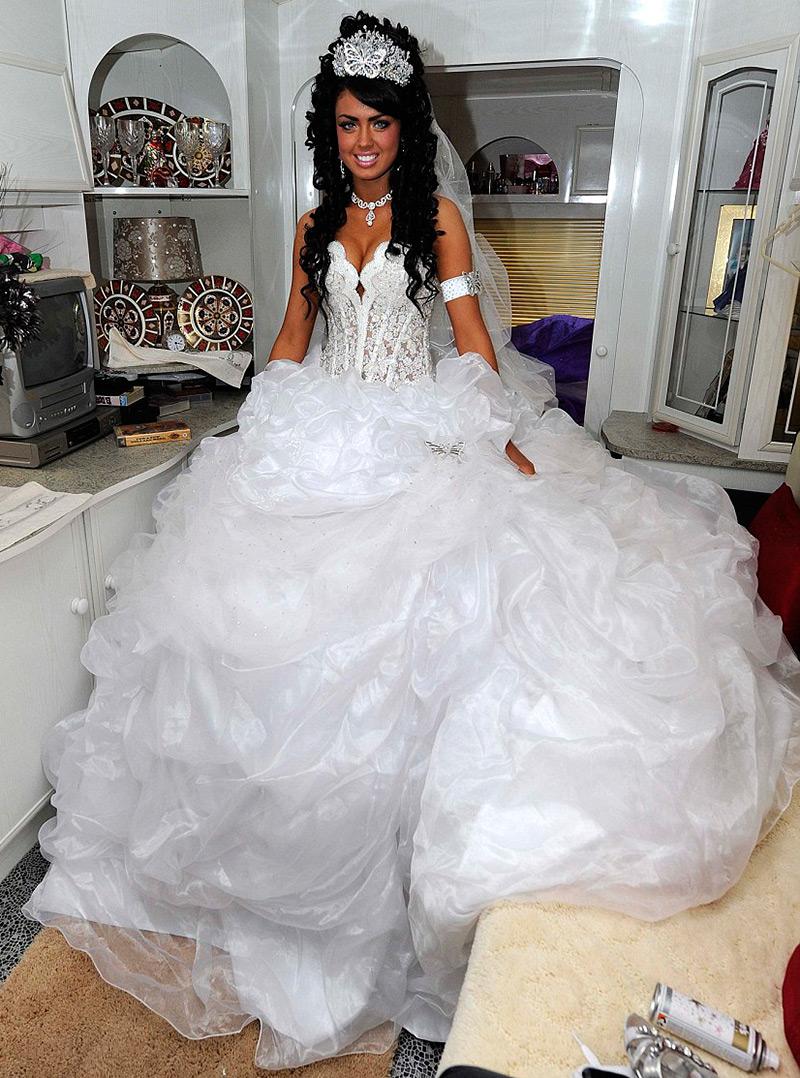 Свадебное платье цыганской невесты