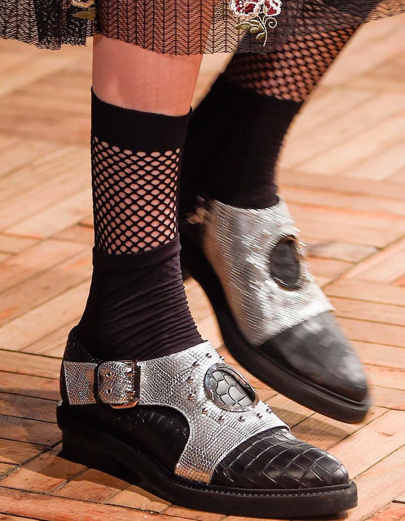 С чем носить красивые женские носки