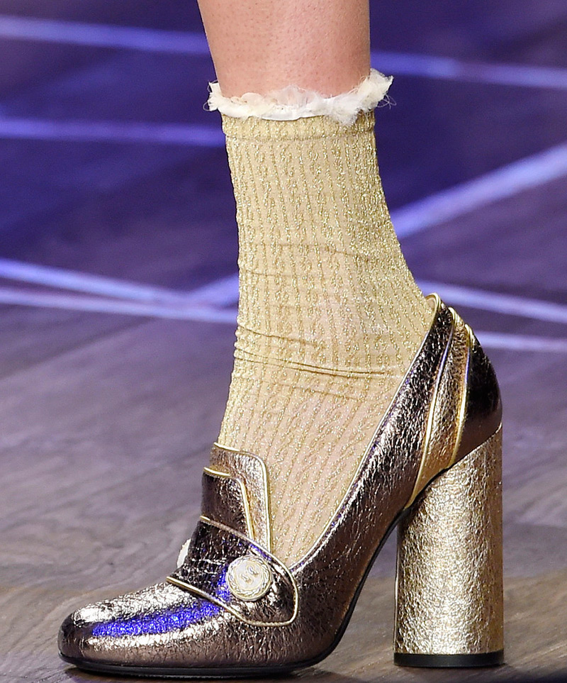 Женские носки с туфлями