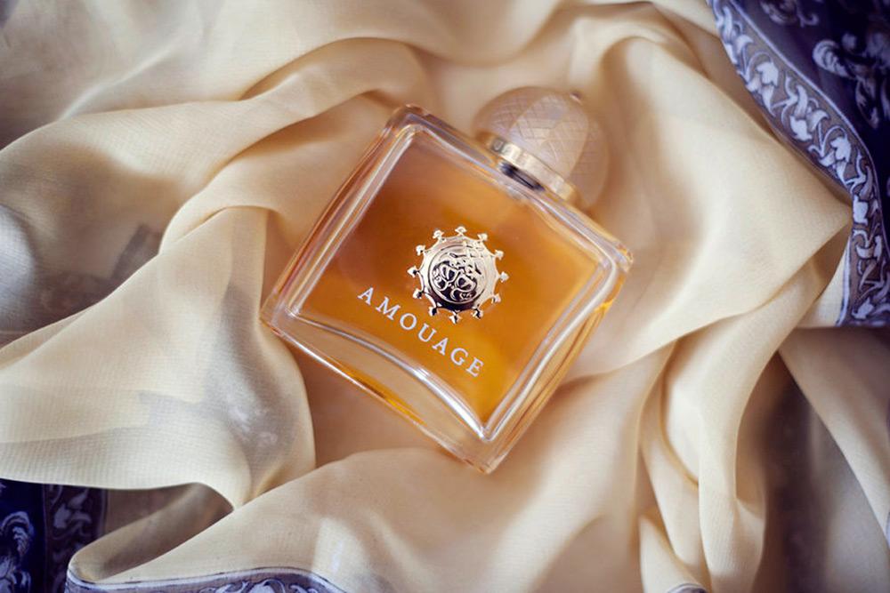 Лучшие духи и парфюмерная вода с ароматом ладана