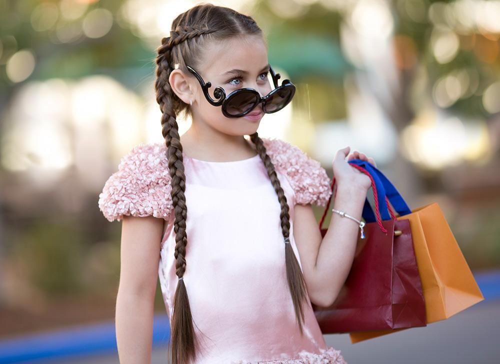 1805015bbae8 Помимо этого приучайте детей к чистоте и аккуратности, эти привычки важно  заложить в ребенке с самых ранних лет. Дети должны беречь солнцезащитные  очки от ...