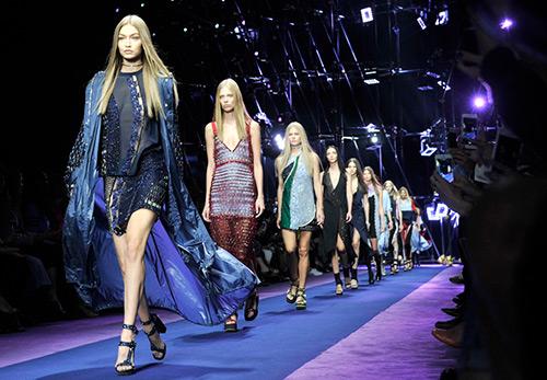 40 платьев, которые отражают модные тенденции 2017