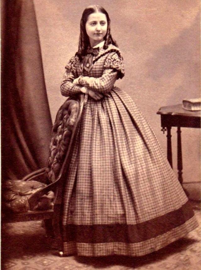 Викторианское детское платье
