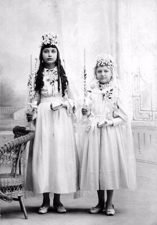 a8ffeb4bd65 Самые юные невесты Христовы – винтажные фото девочек