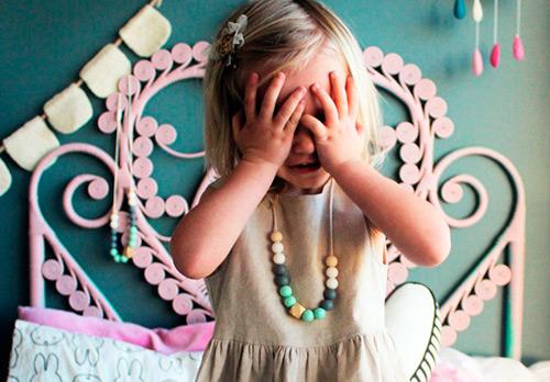 С какого возраста можно надеть девочке золотые серьги?