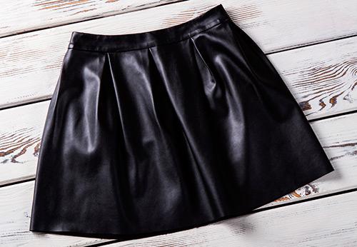 Короткие и длинные кожаные юбки 2019-2020