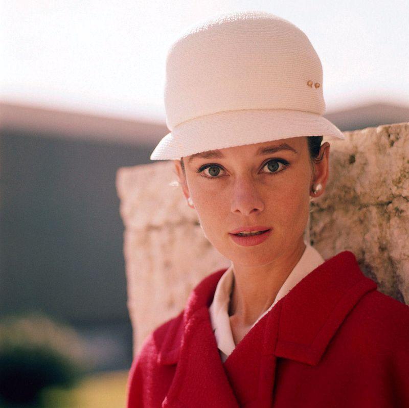 Женские шляпы 1950-1960 – фото образов Одри Хепберн
