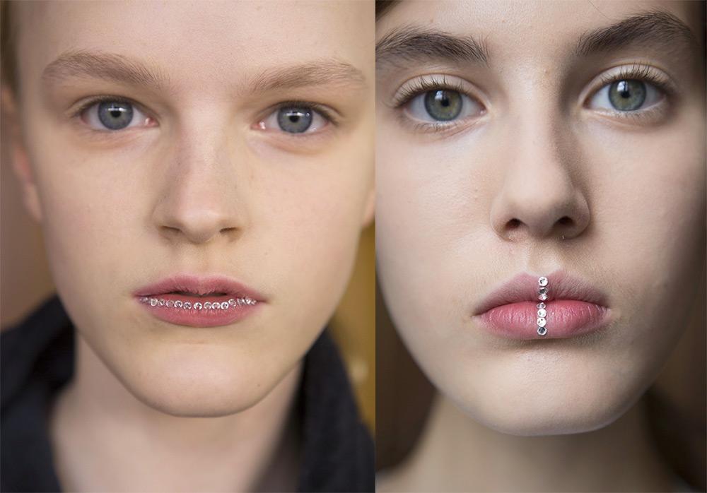 Модный макияж со стразами на губах