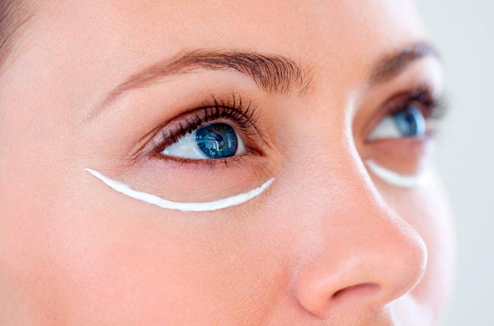 4 лучших крема для ухода за кожей вокруг глаз