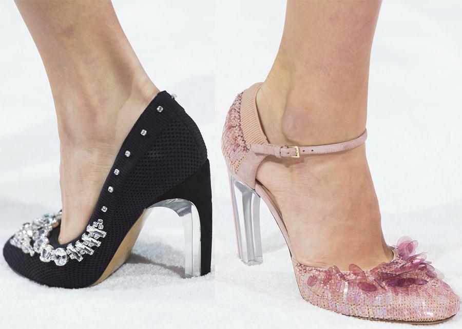 Красивые туфли на каблуке Valentino