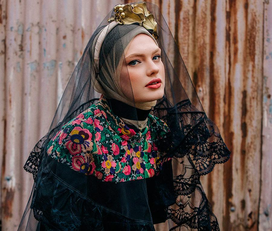 Изысканная одежда для скромных девушек от Diana Kotb