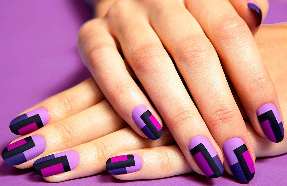 Фиолетовый маникюр на короткие и длинные ногти
