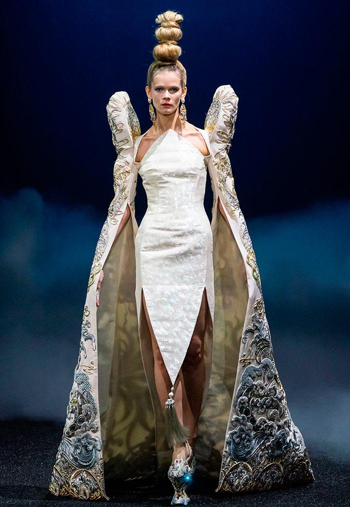Свадебное платье Guo Pei