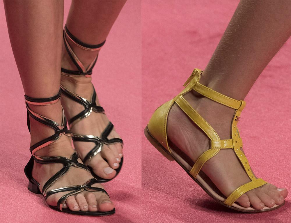 Красивые женские сандалии