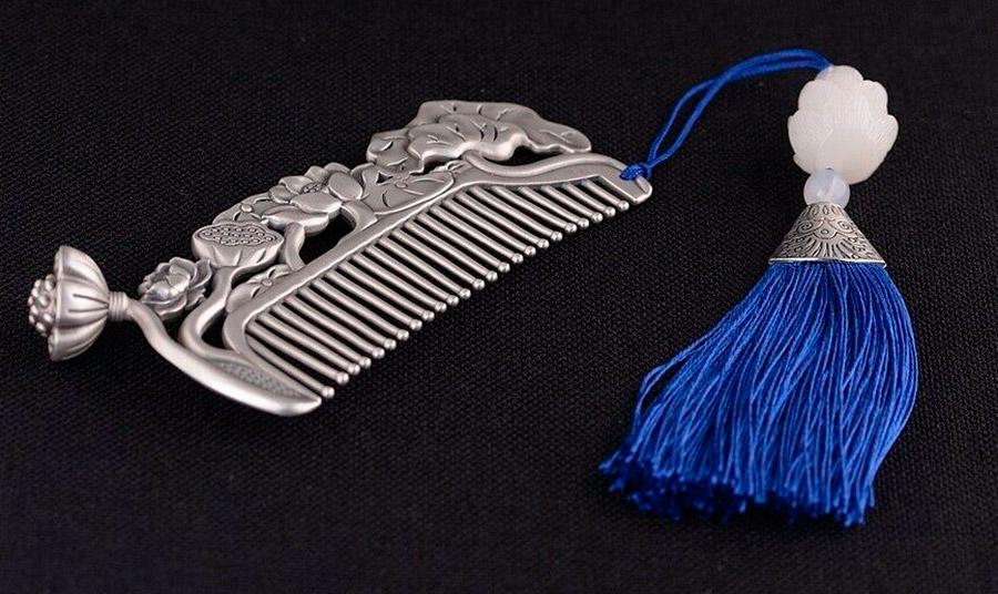 Серебряная расческа для волос