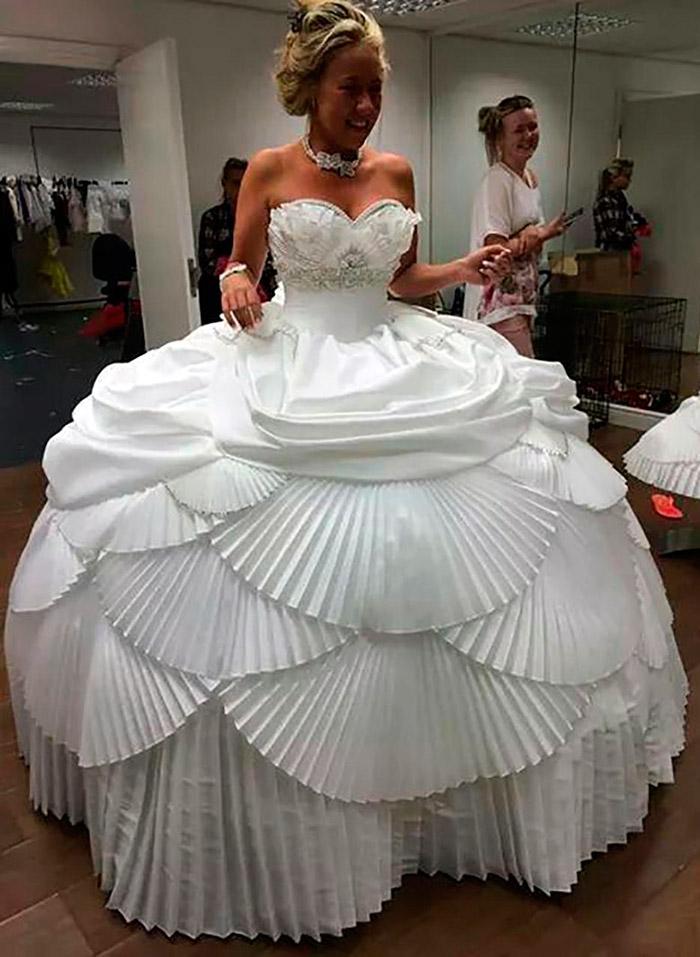 смешные свадебные платья фото табак