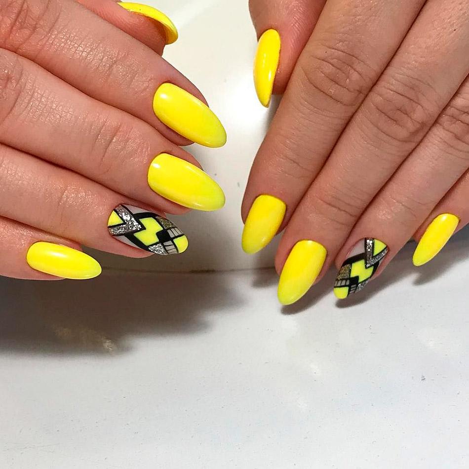 Дизайн желтых ногтей 2020 фото новинки