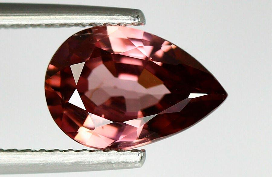 Королевский камень шпинель