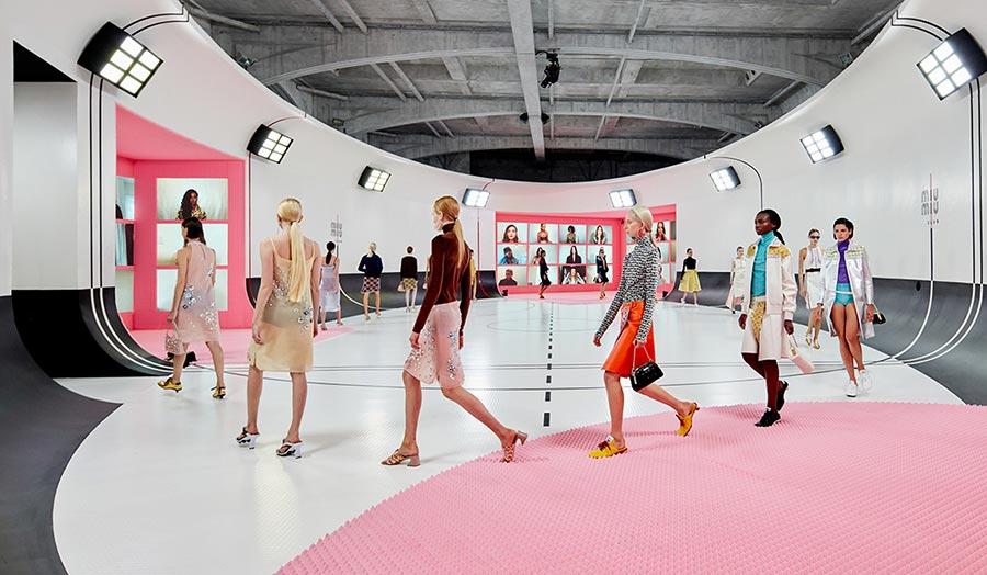 Miu Miu весна-лето 2021: мода для современных девушек