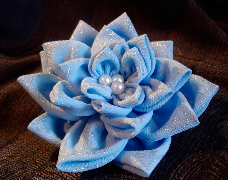 Как сделать цветы из ткани для журнала