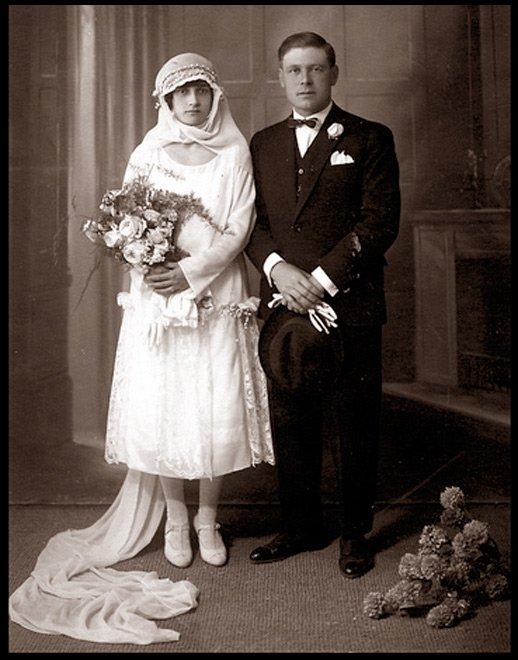 Антикварные и винтажные свадебные платья фото