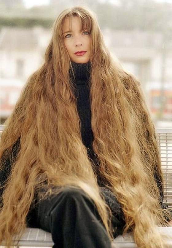 Длинные волосы у девушки фото