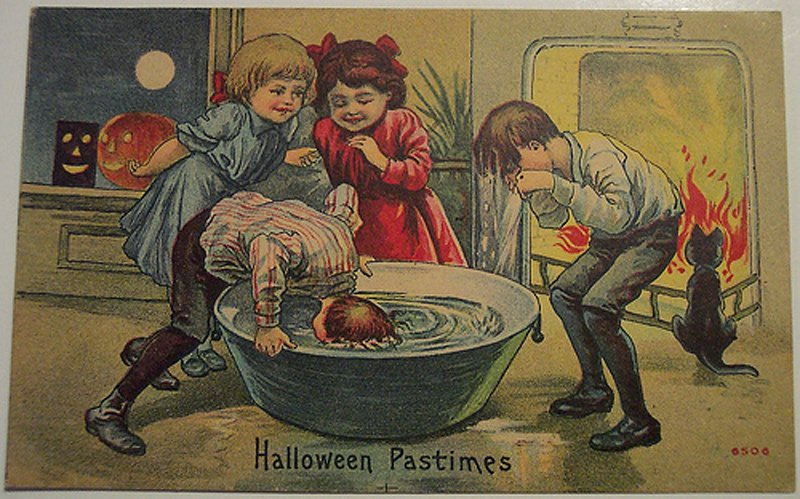 http://mylitta.ru/uploads/posts/2013-11/1383370150_halloween-09.jpg