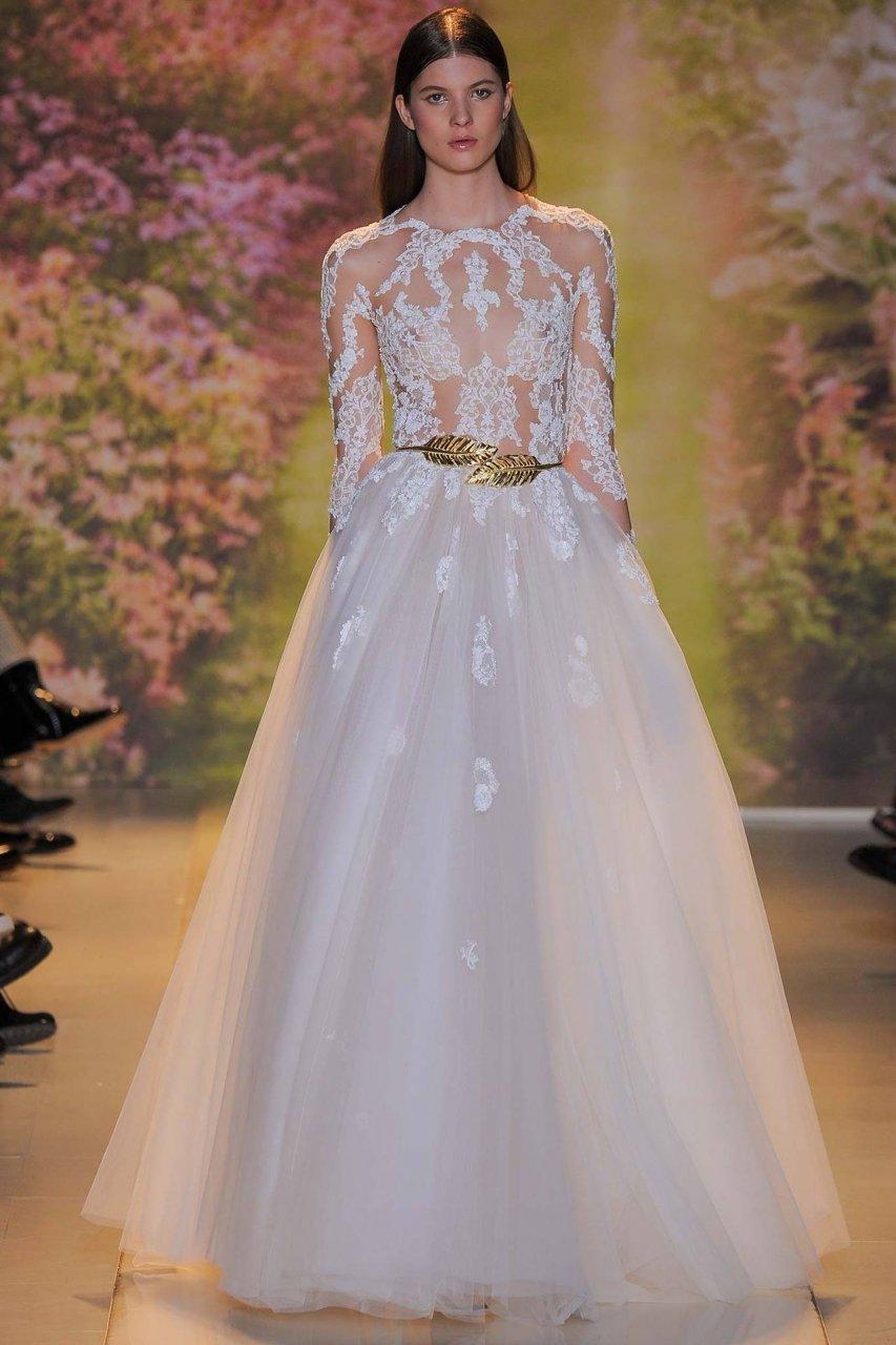 Свадебные платья в Москве по низким ценам  купить в